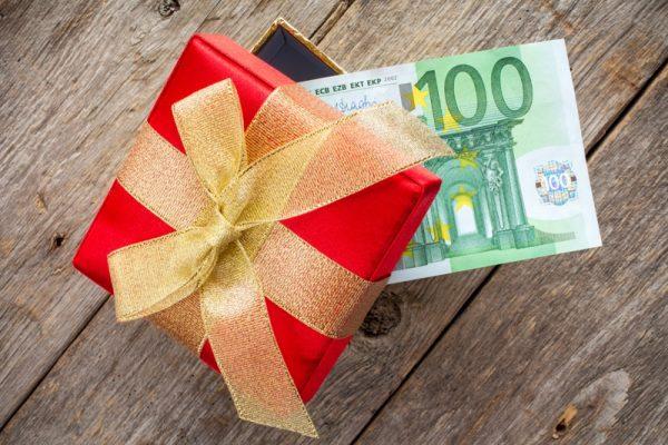 Cadeaux de Noël à vos clients : les exonérations fiscales possibles